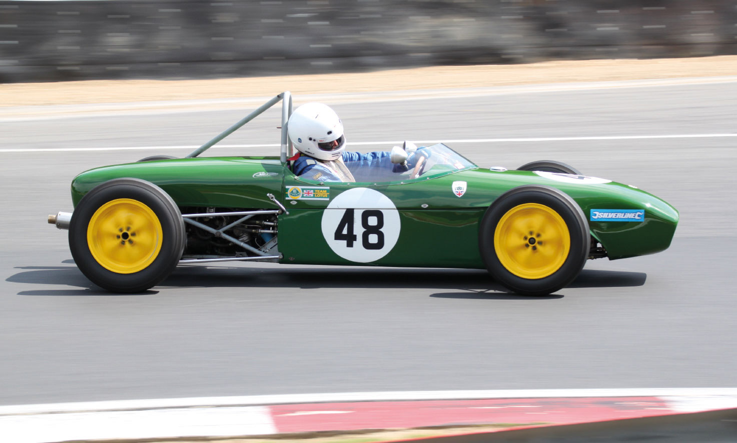 Brands Hatch Superprix: Lotus 18-Formel Junior mit Simon Hewes